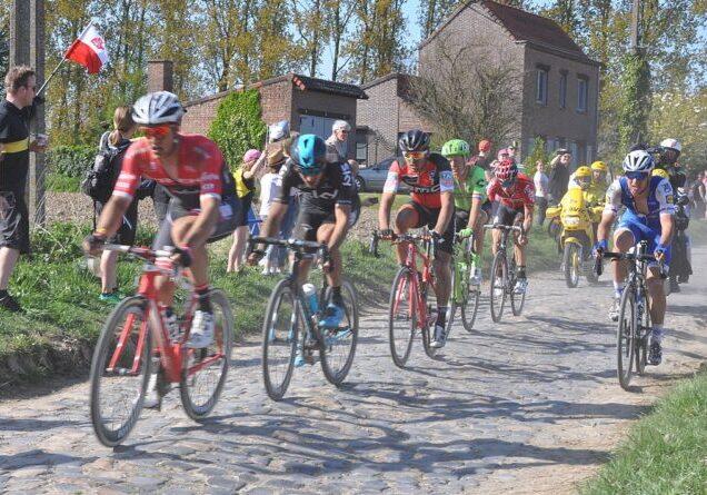 1280px-Paris-Roubaix_2017_S7_26km