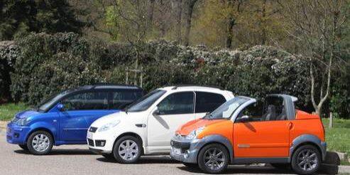 Essai mini voitures Ligier, Micro car et Aixam. Paris le 11/04/2008. Photo Paul Delort/ Le Figaro