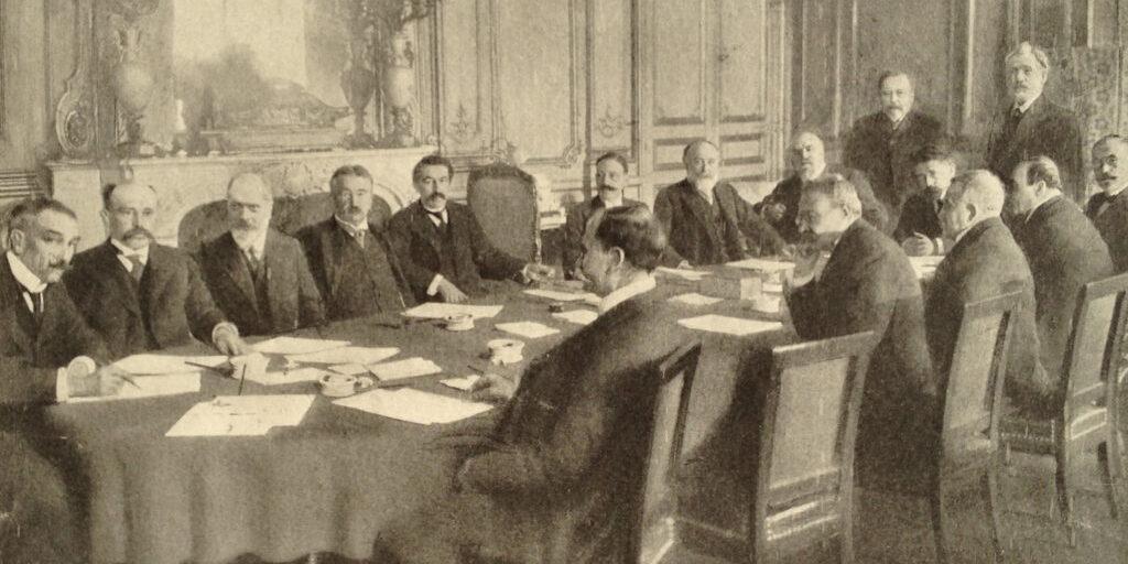 Ministere_Aristide_Briand_1910