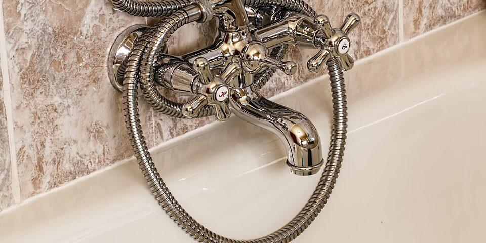 bathroom-393388_960_720