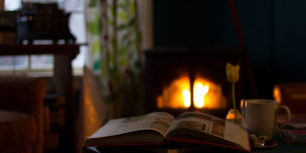 book_pages_reading_fireplace_flame-892494.jpg!d